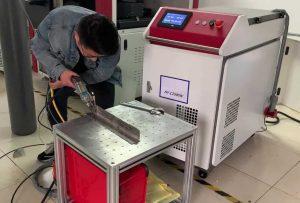 Волоконный аппарат лазерной сварки